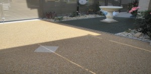 b_Fully-Permeable-Driveway-and-Back-Yard-with-Pebble-Pave